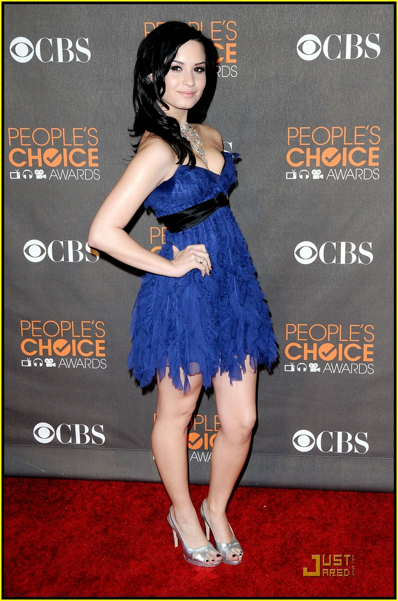 demi lovato people choice awards 33
