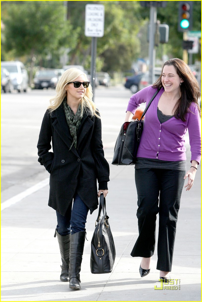 ashley tisdale mos meeting 26