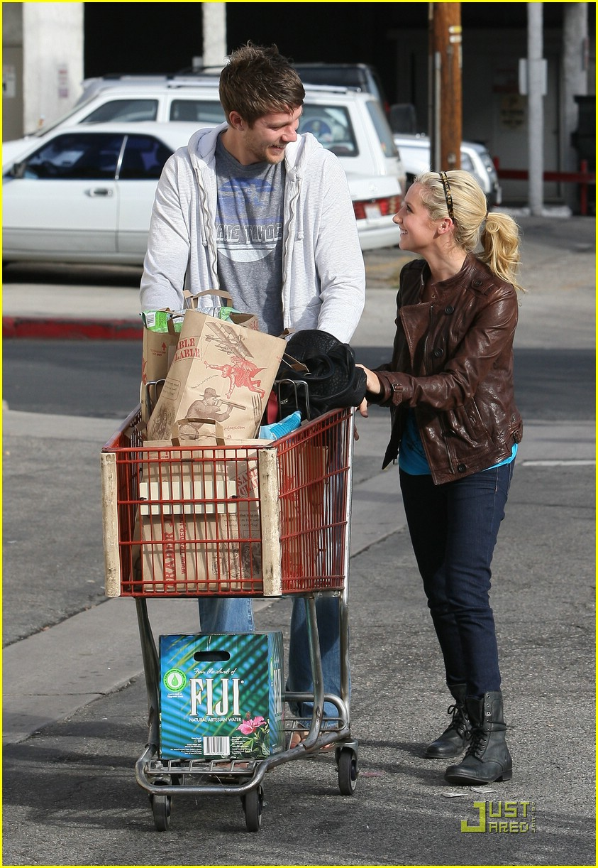 ashley tisdale scott speer trader joes 40