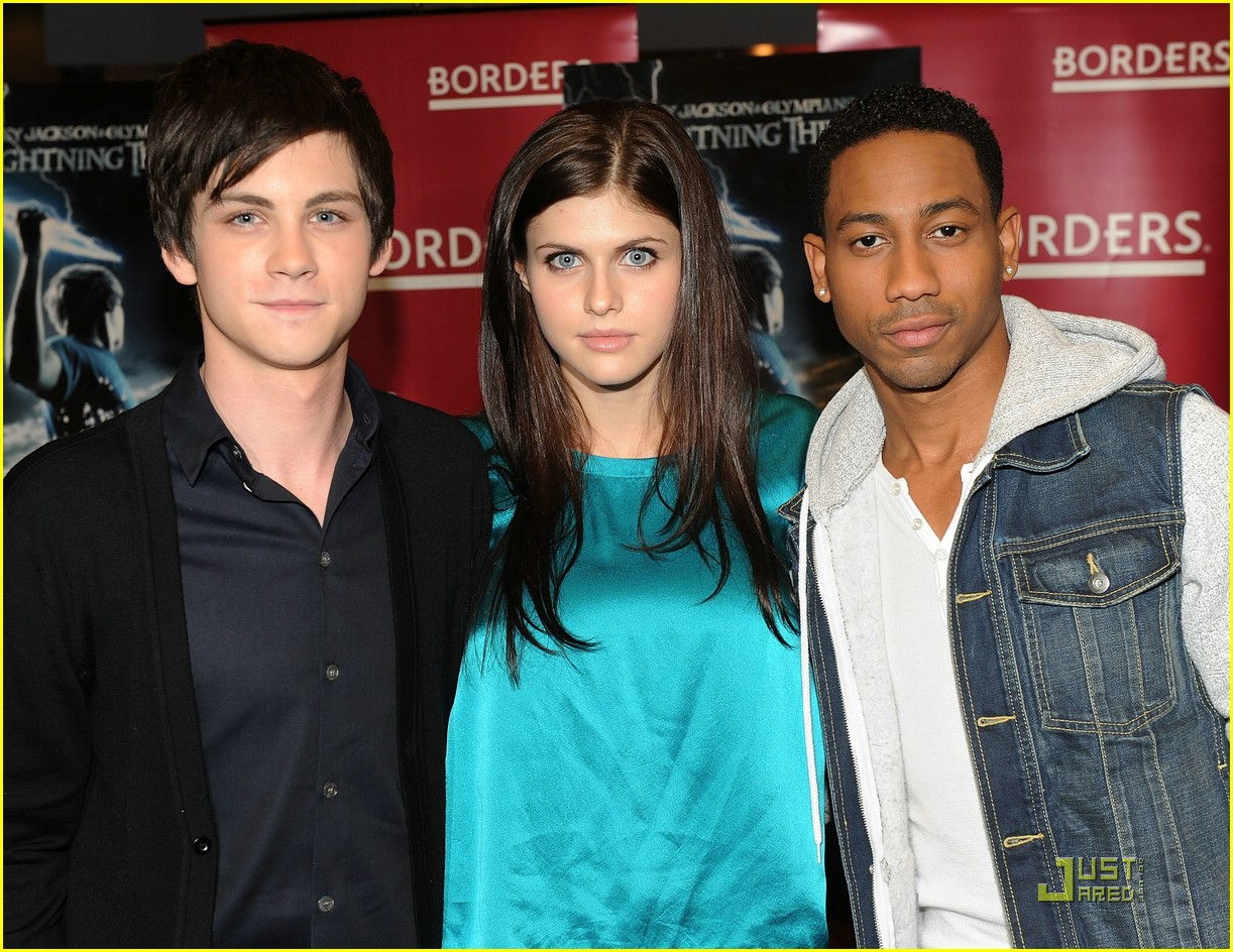 logan lerman alexandra daddario borders kips day 08
