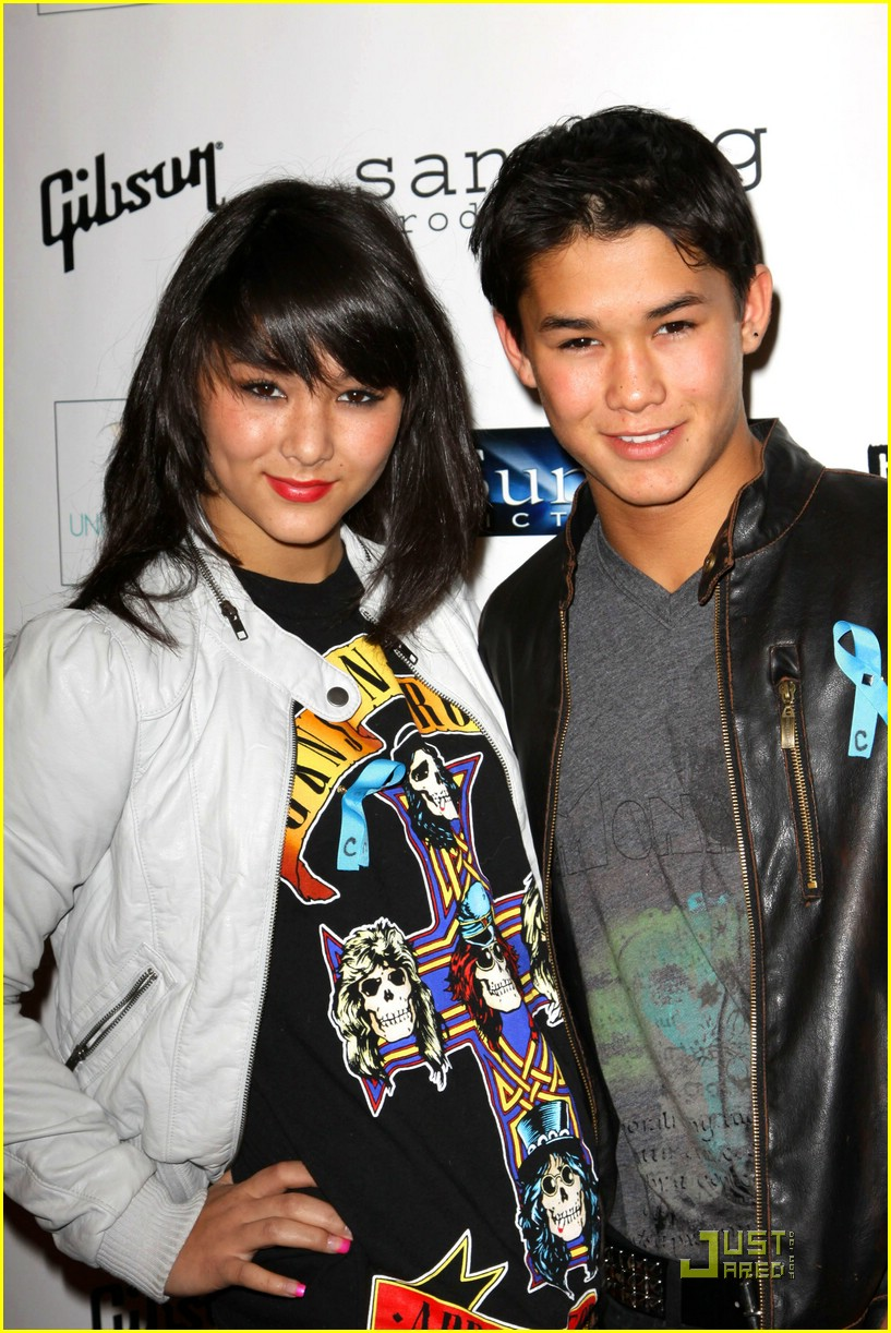 booboo stewart fivel unite peace concert 01