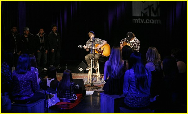 justin bieber mtv performance 04