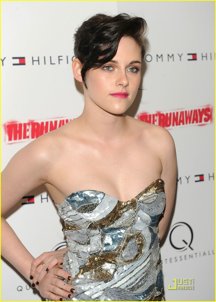 kristen stewart pucci pretty 11