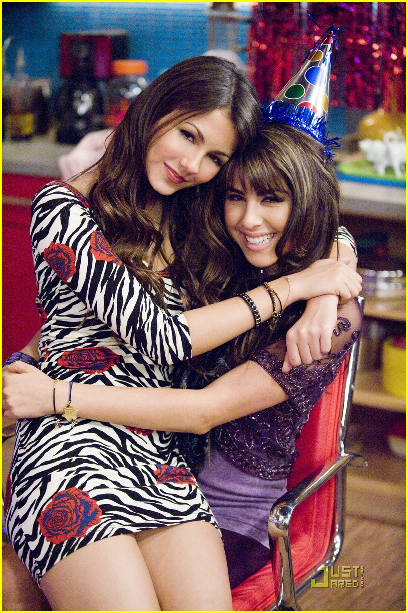 daniella monet birthweek victorious 06