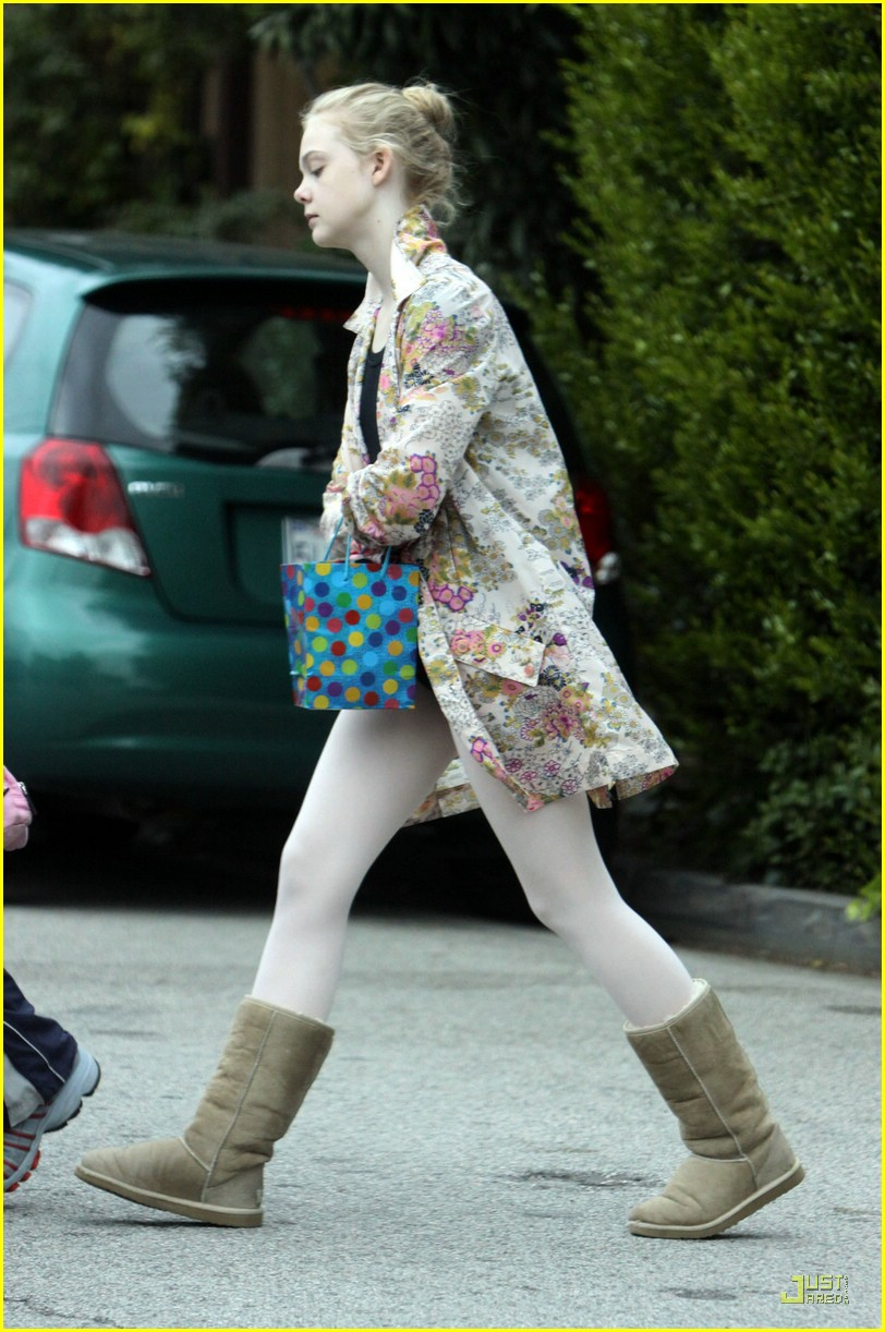 elle fanning birthday 06