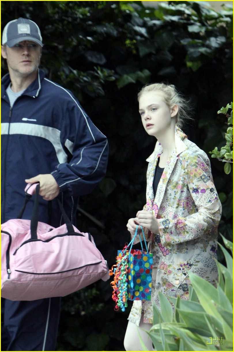 elle fanning birthday 11