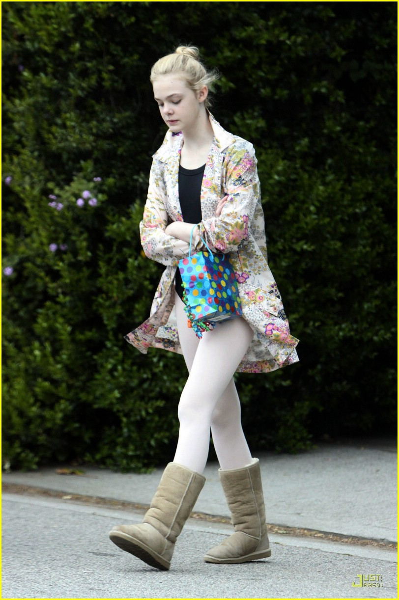 elle fanning birthday 12