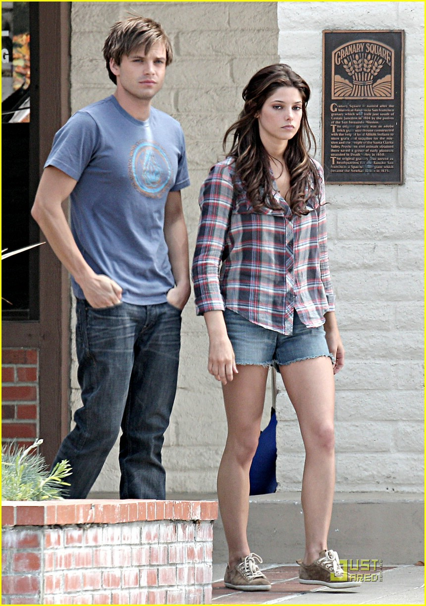 ashley greene sebastian stan cozy 01