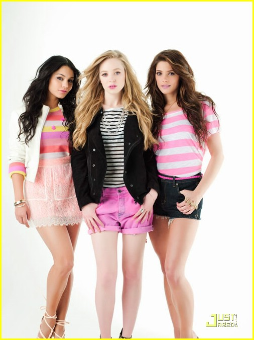 vanessa hudgens ashley greene nylon pink 03