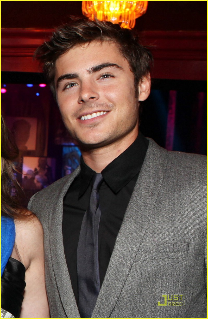 zac efron vanessa hudgens housing gala 04