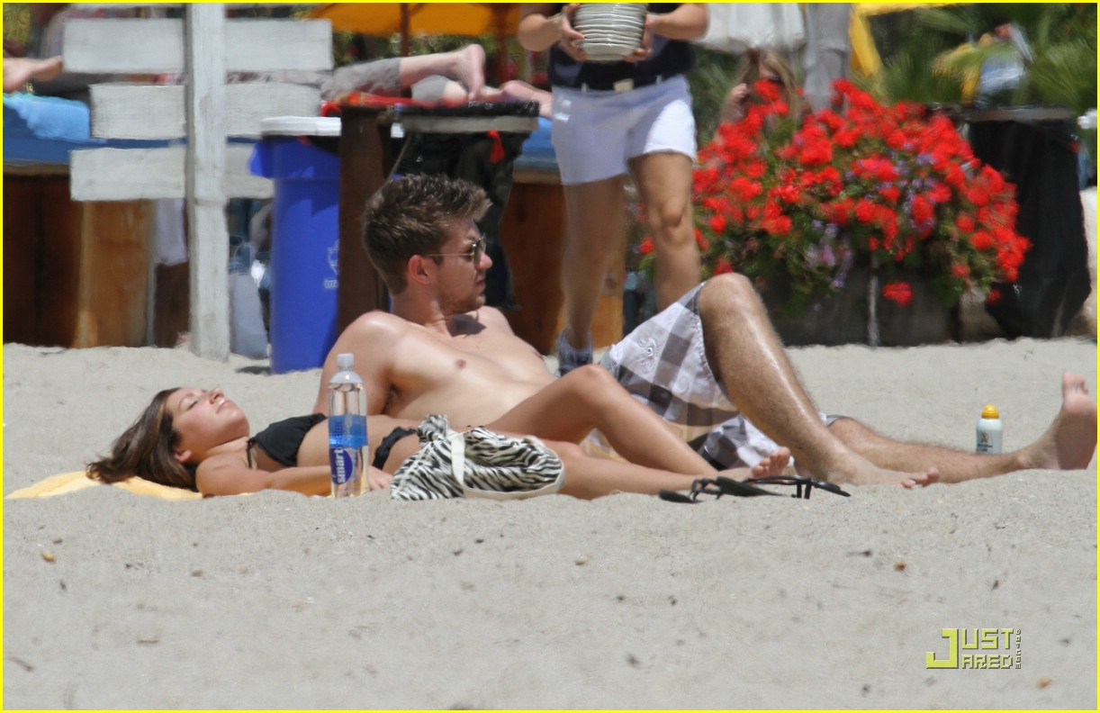 ashley tisdale scott speer beach bums 16