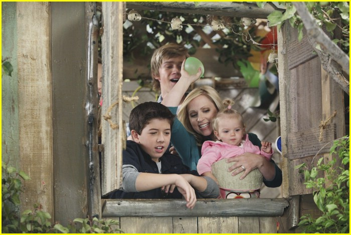 bridgit mendler jason dolley tree 01