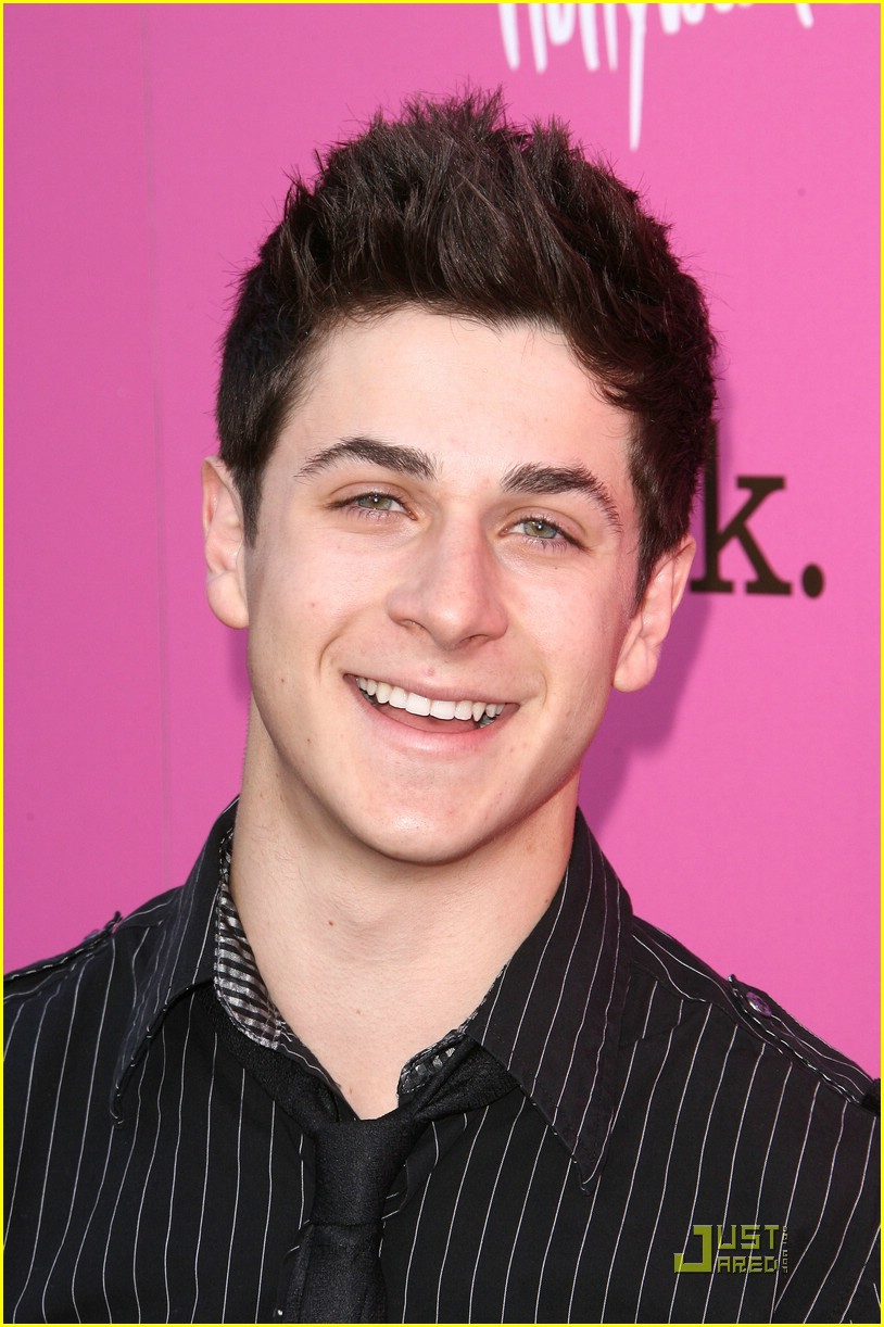 david henrie yh awards 03
