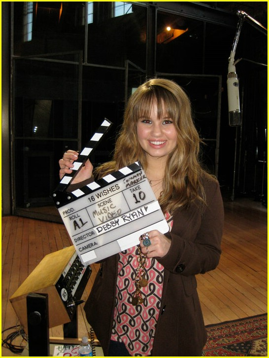 meet debby ryan borders century city 07