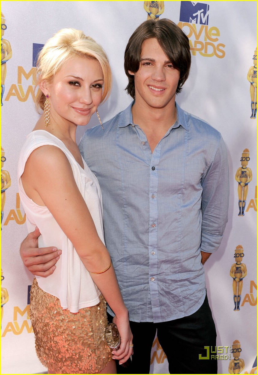 chelsea staub steven mcqueen mtv awards 04