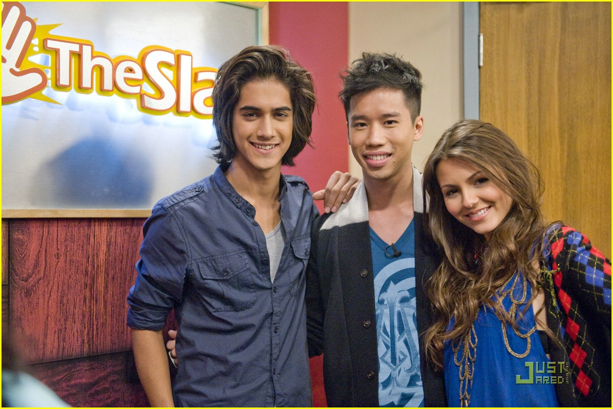 justjared guest victorious 01