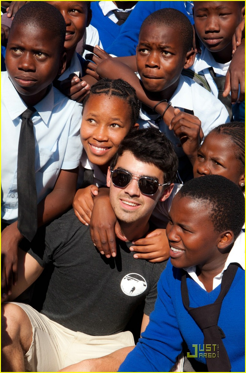 joe jonas africa update 02