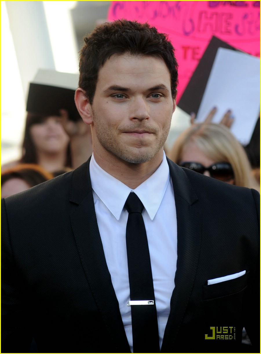 kellan lutz eclipse premiere 01