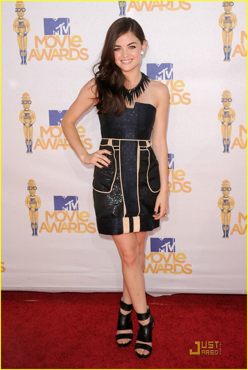 lucy hale mtv awards 01