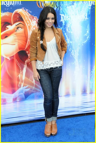 vanessa hudgens world color 04