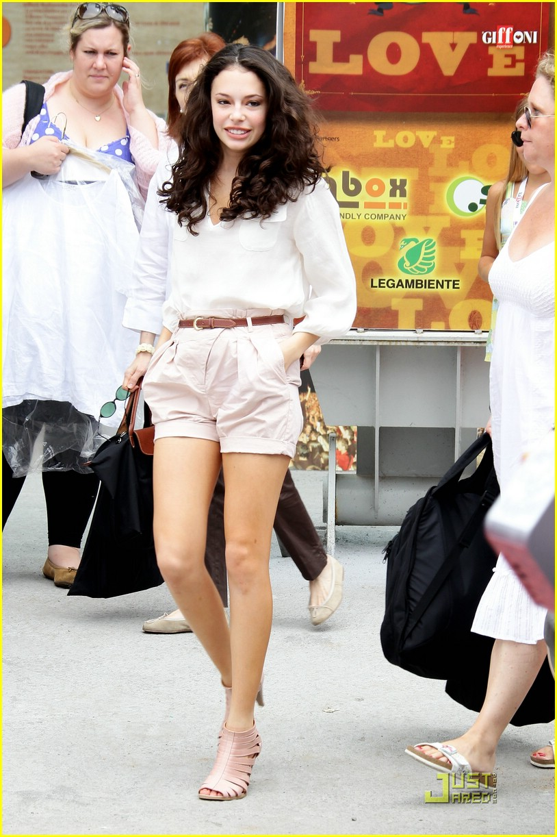 chloe bridges giffoni italy 05