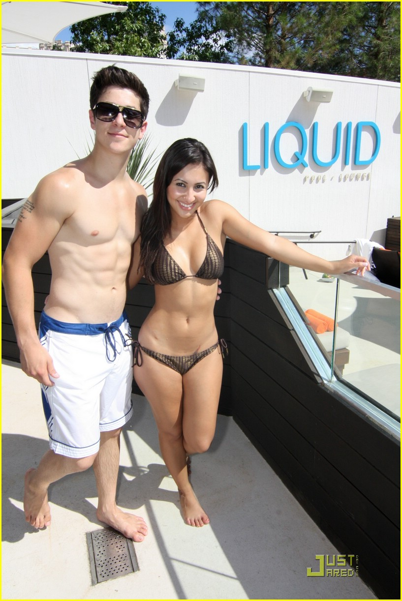 david henrie liquid pool party 03