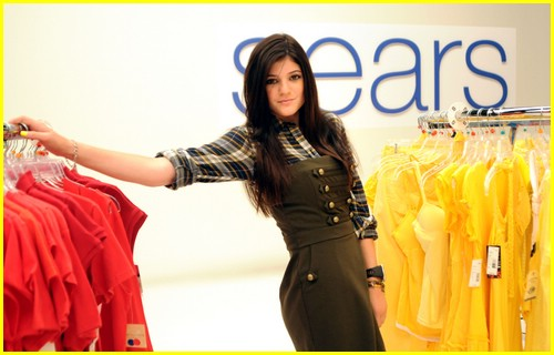 kylie jenner sears model 07
