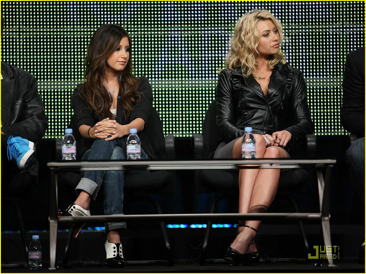 ashley tisdale aly michalka tca 01