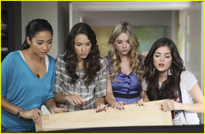 pretty little liars talk about me 02