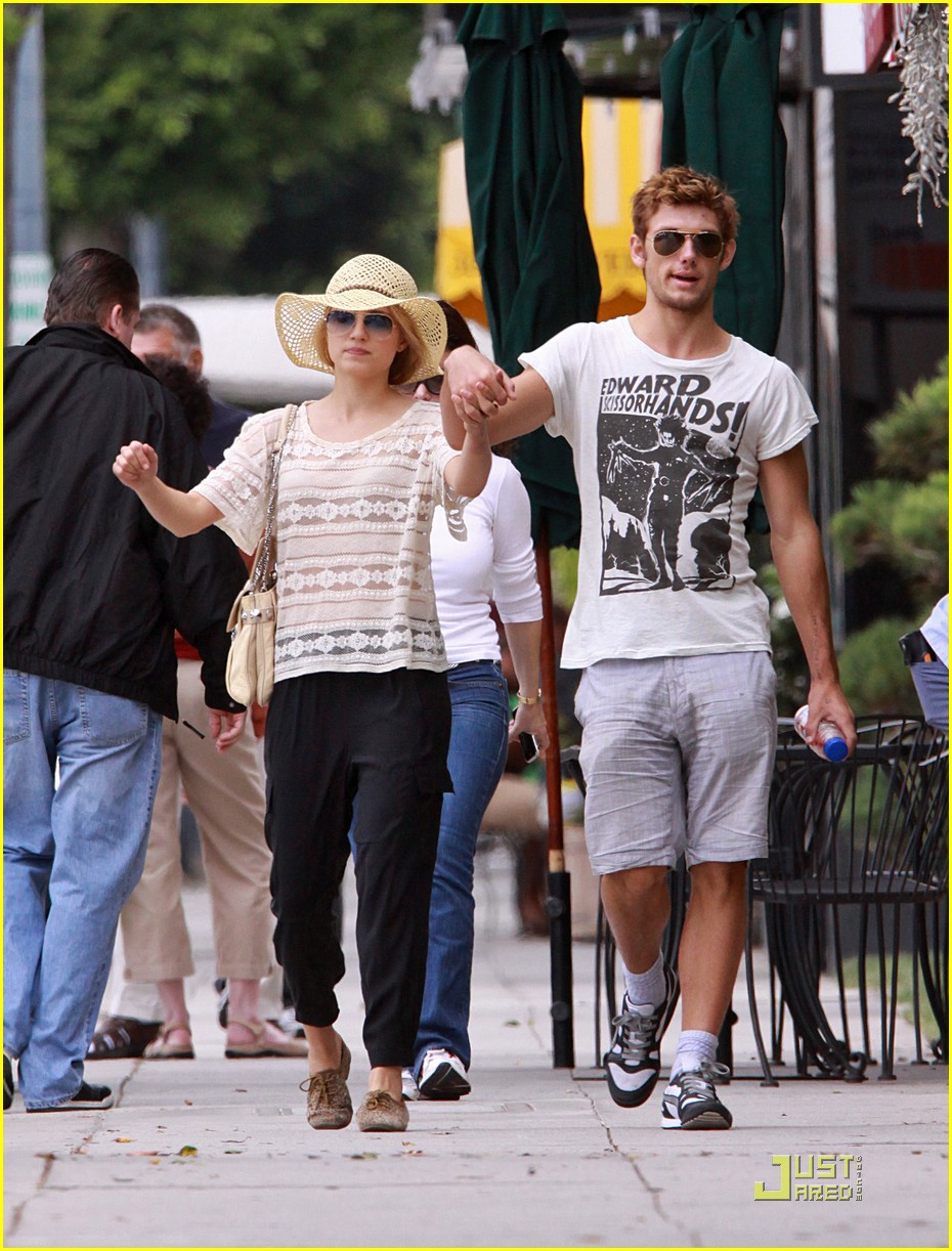 dianna agron alex pettyfer skittles 15