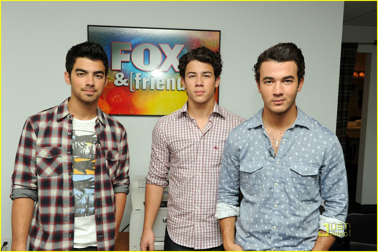 jonas brothers fox friends 08
