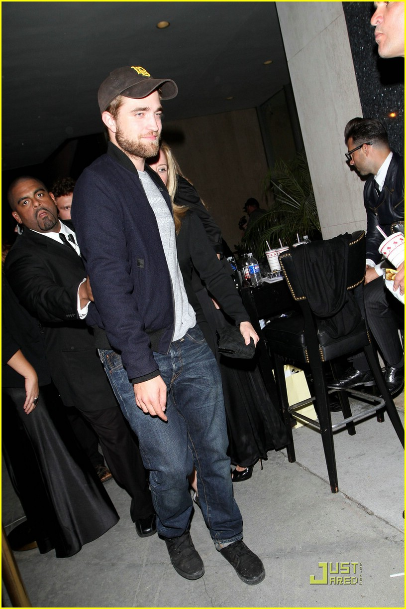 robert pattinson trousdale emmy party 02