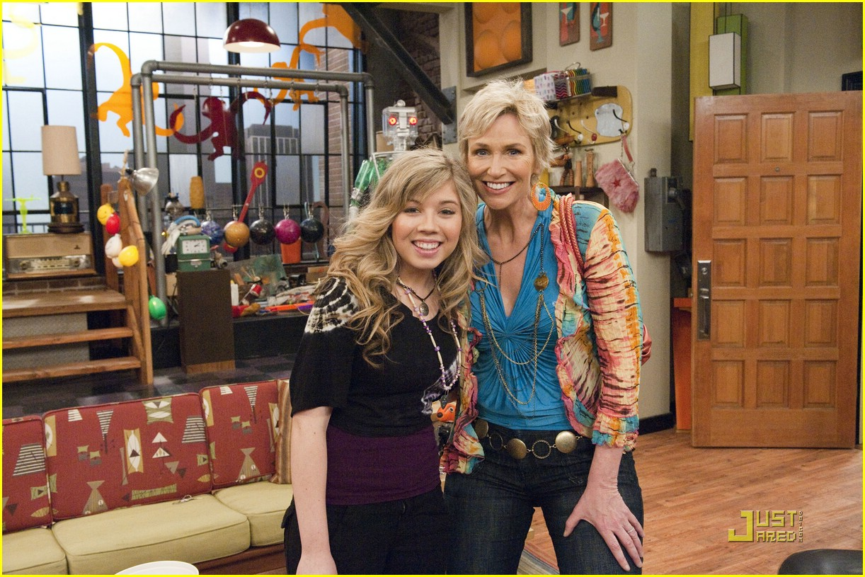jennette mccurdy jane lynch icarly 04