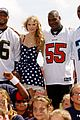 Taylor-play60 taylor swift saints march in 07