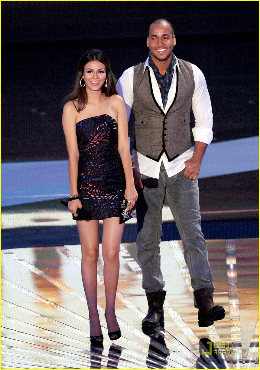 victoria justice 2010 vmas 03