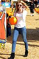 Emma-pumpkin emma roberts pumpkin patch 05