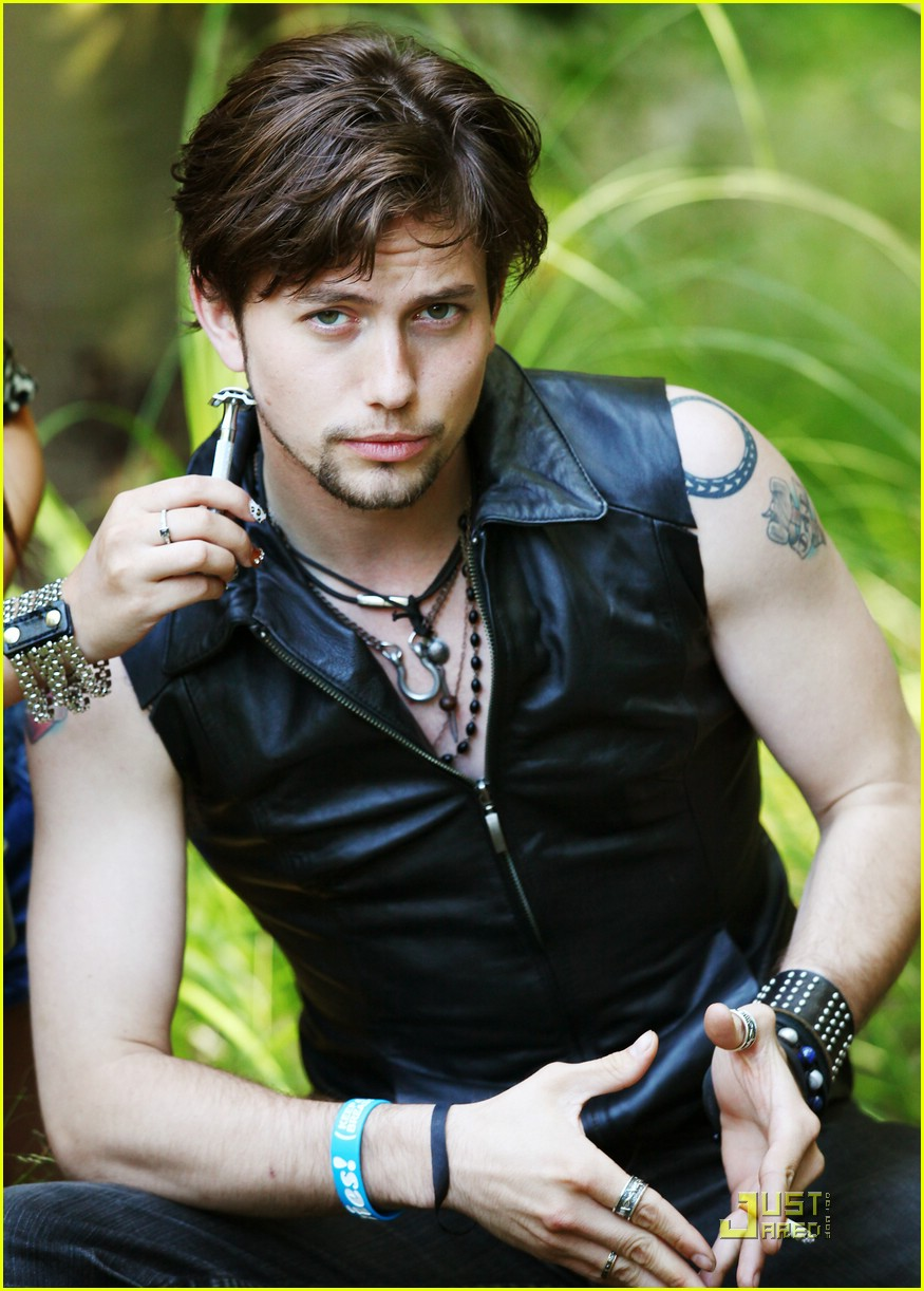 jackson rathbone keana troix outtakes 07