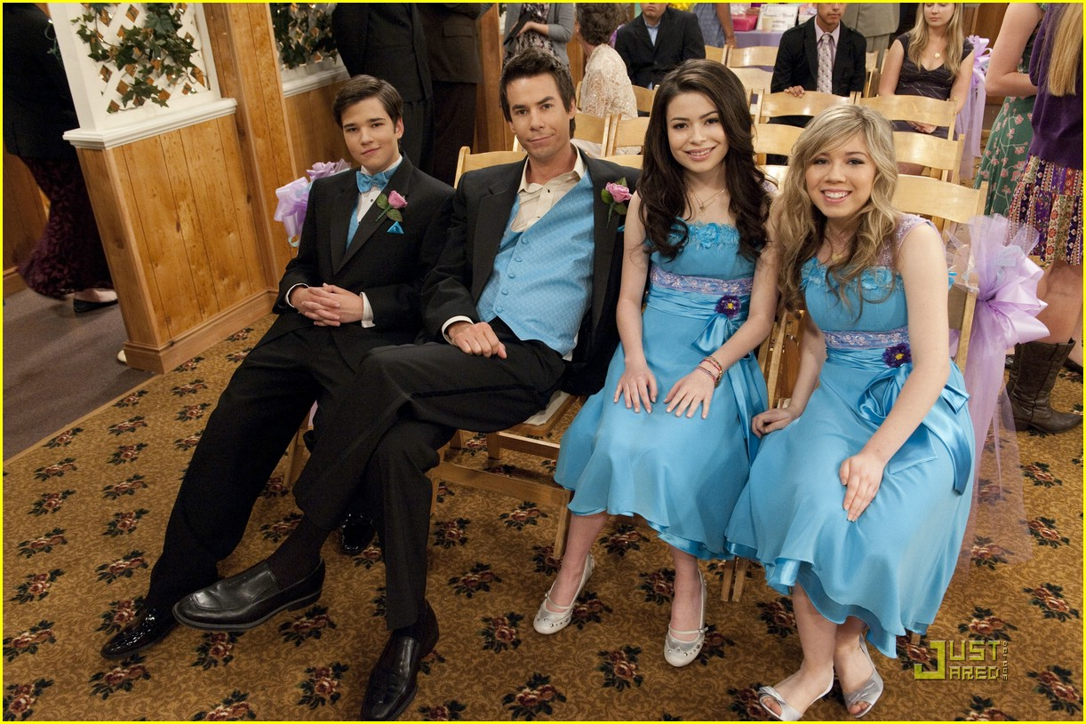 Who Is Carly From Icarly Dating In Real Life