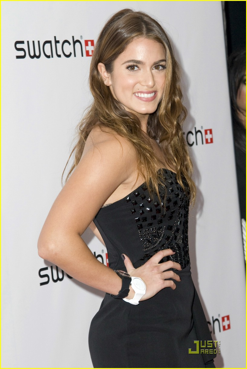 nikki reed swatch party 05