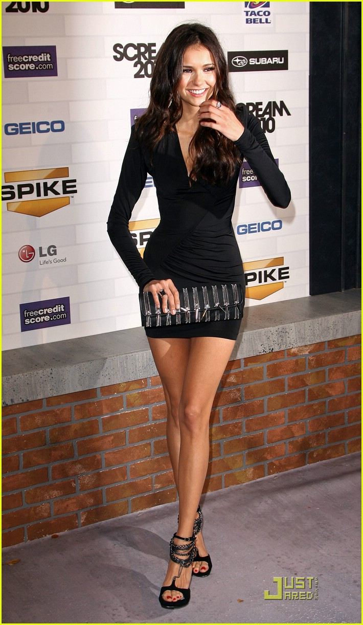nina dobrev scream awards 04