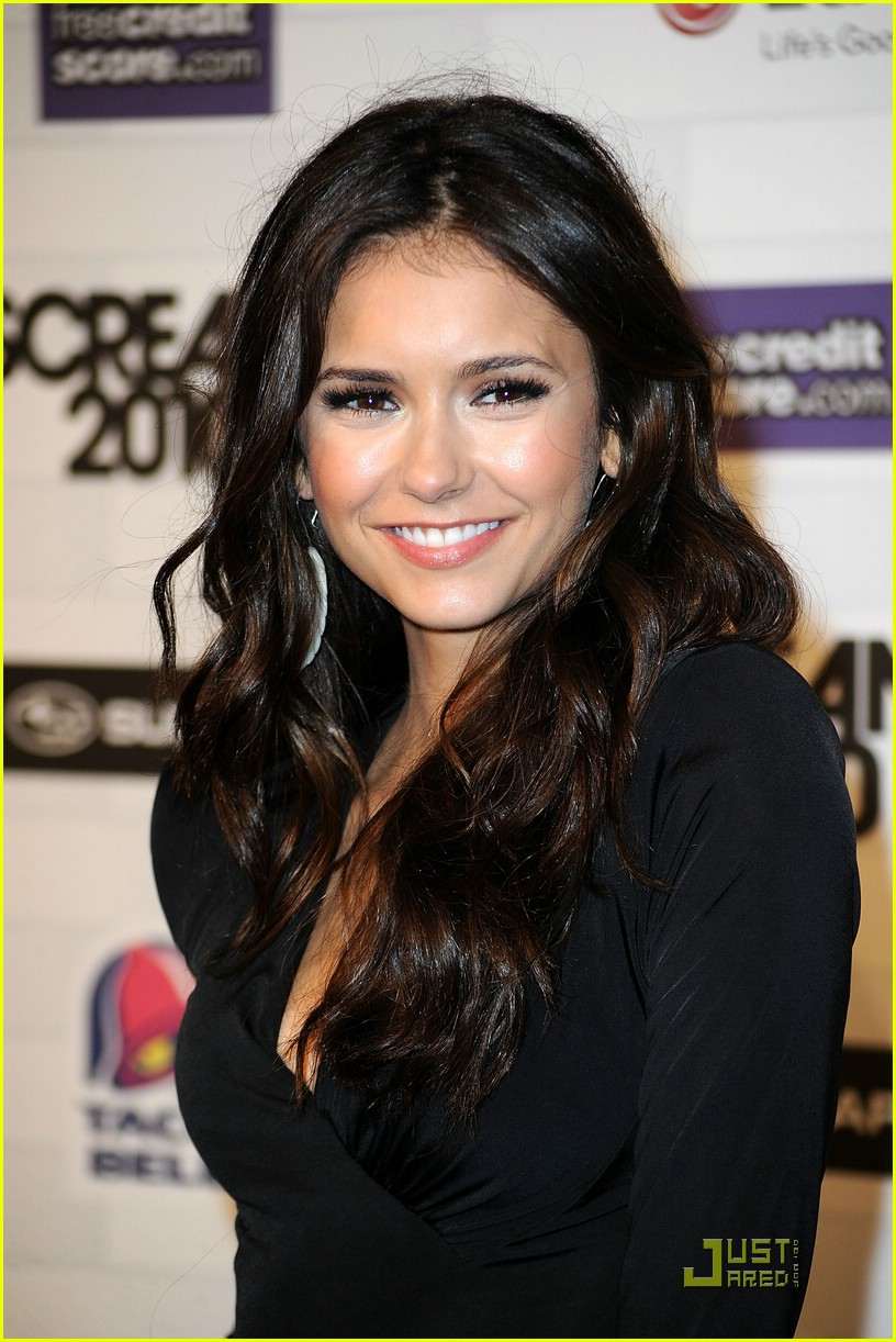 nina dobrev scream awards 08
