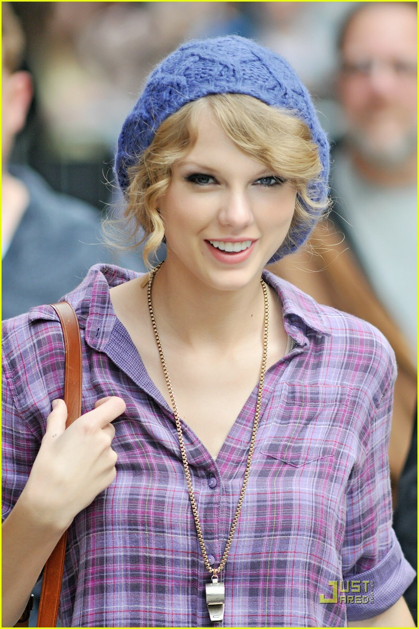 taylor swift letterman lovely 01