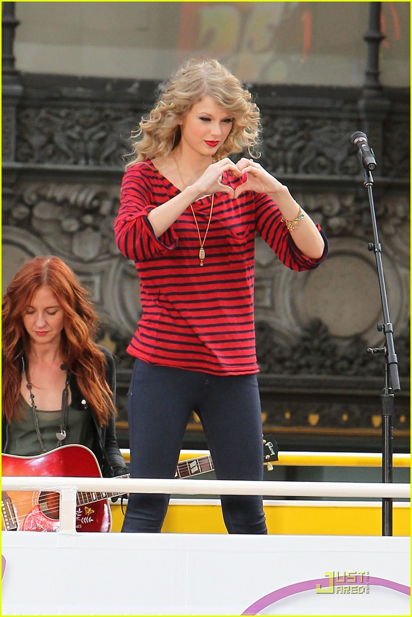 taylor swift hollywood 05