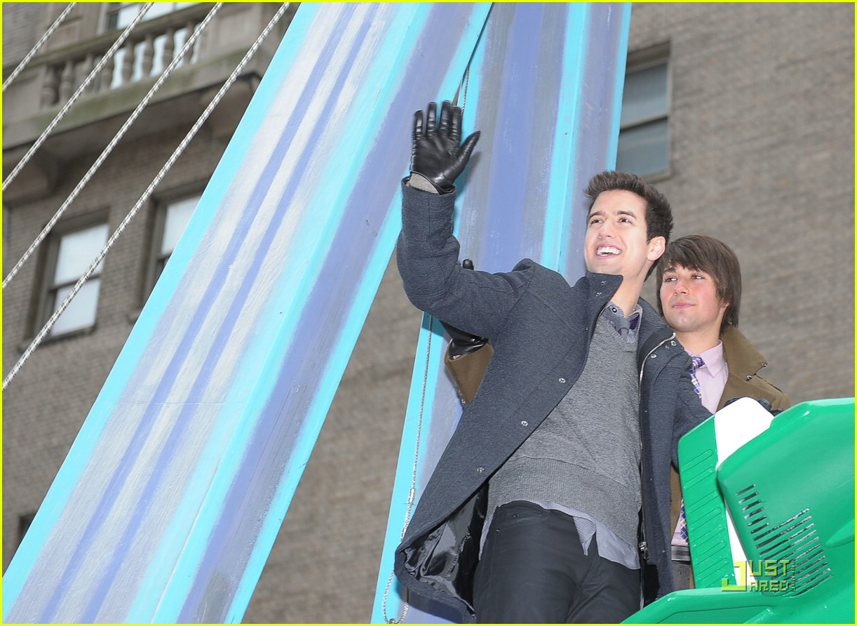 big time rush macys parade 05