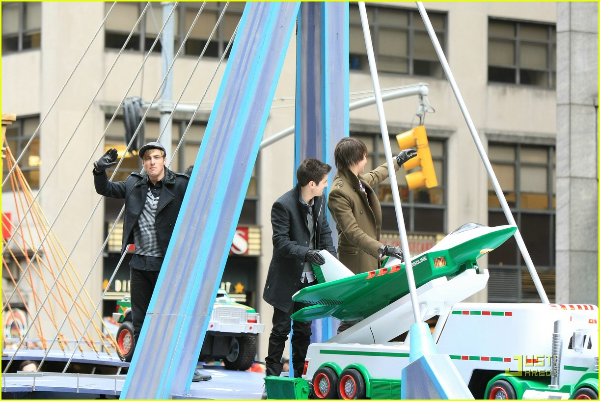 big time rush macys parade 07