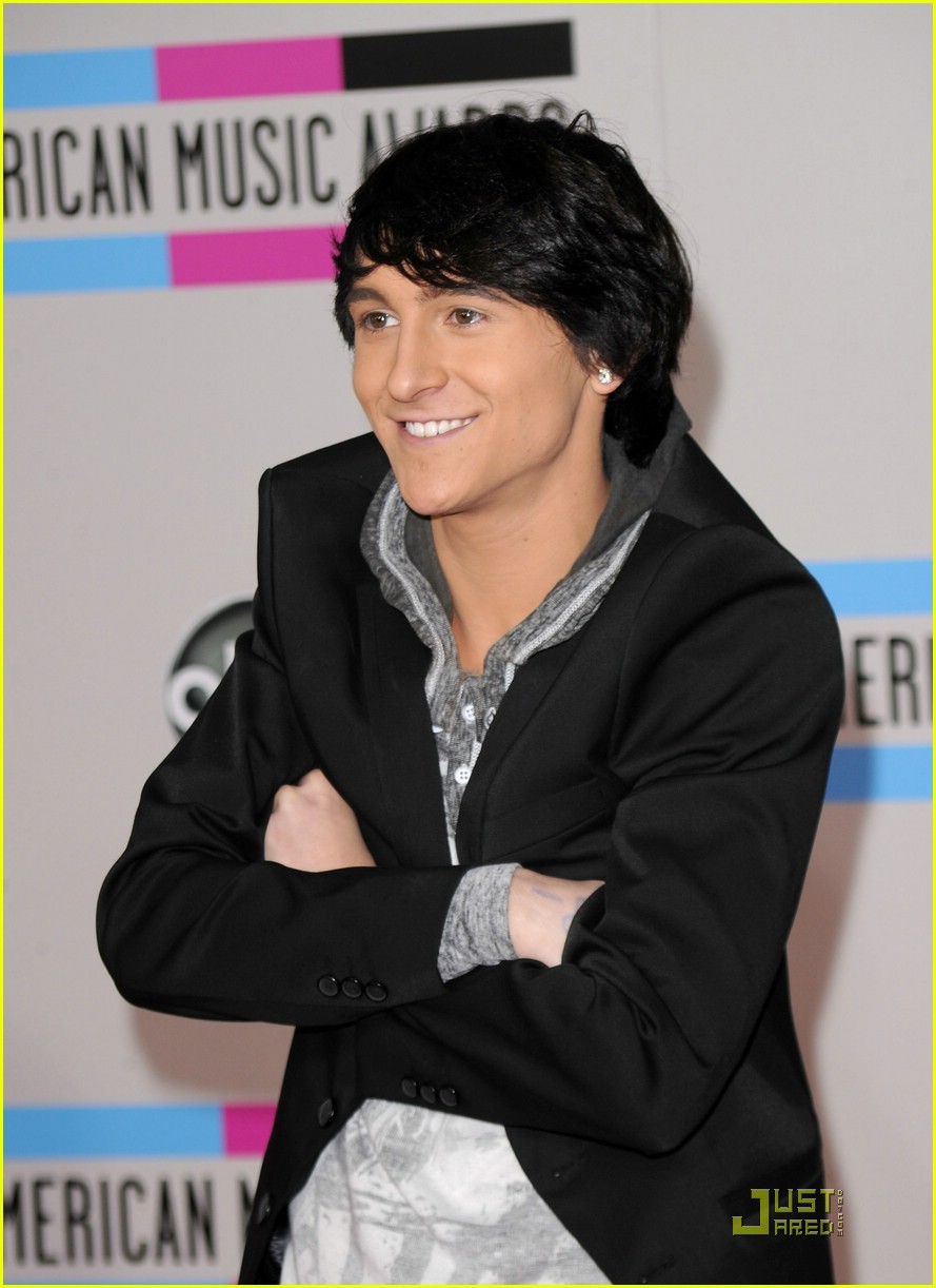 mitchel musso brainstorm out today 04