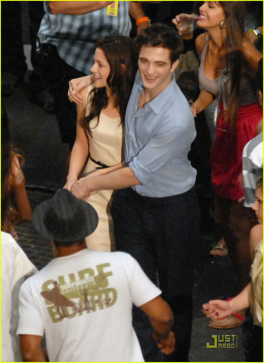 robert pattinson kristen stewart kiss rio 10