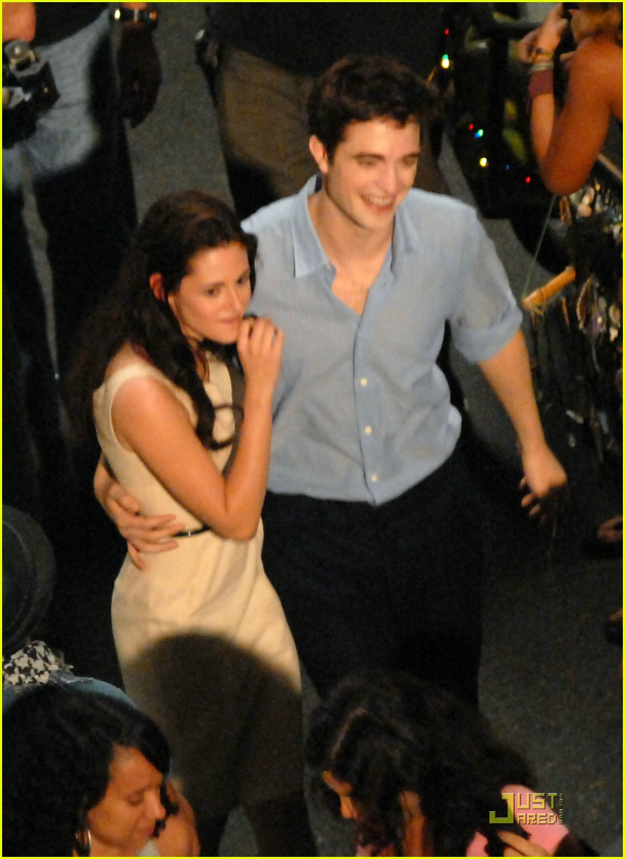 robert pattinson kristen stewart kiss rio 15