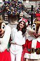 Selena-parade selena gomez disneyland parade 02