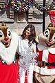 Selena-parade selena gomez disneyland parade 09